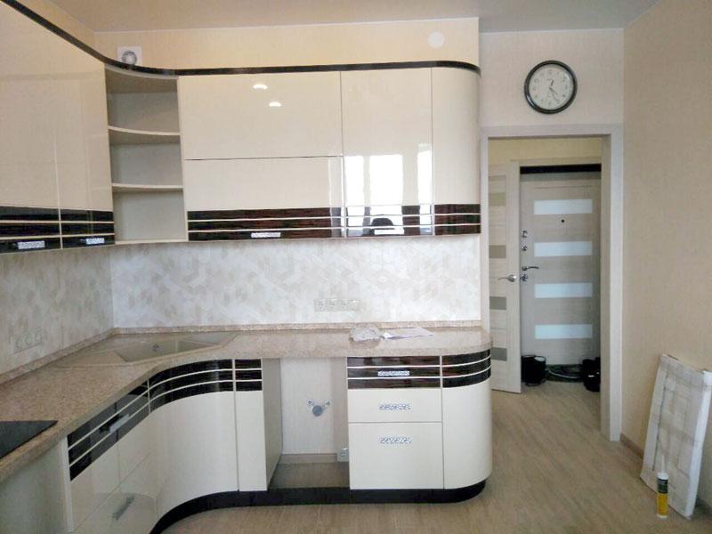 отремонтированные: кухня, коридор