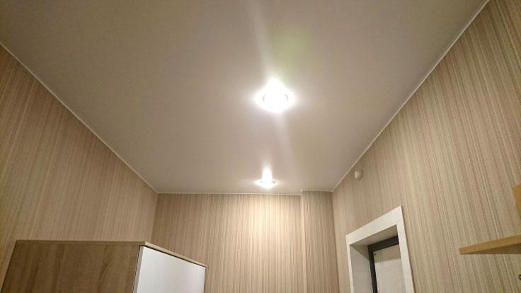 Потолки ПВХ, светильники потолочные