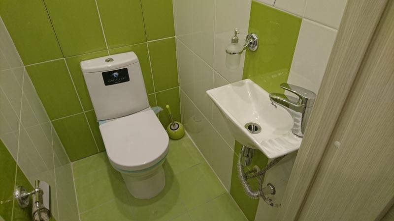 туалет + мини раковина