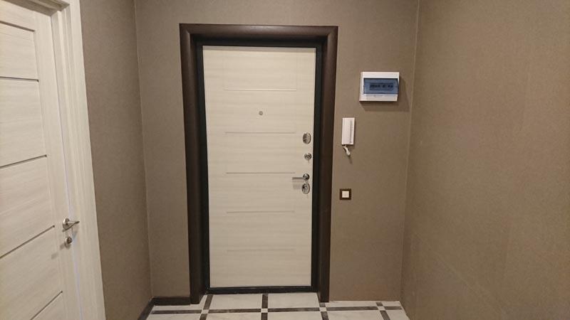двери, домофон и электрические автоматы
