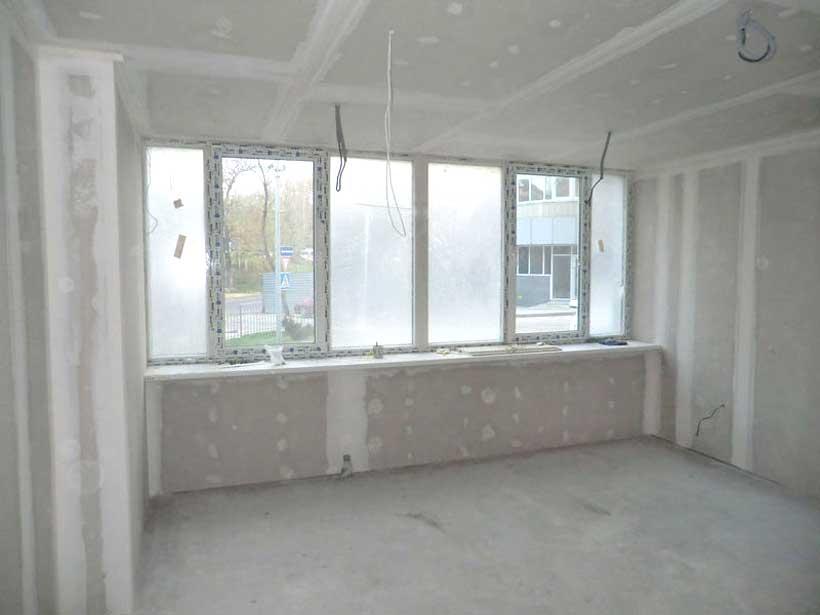 гипсокартон использован для отделки потолка и стен