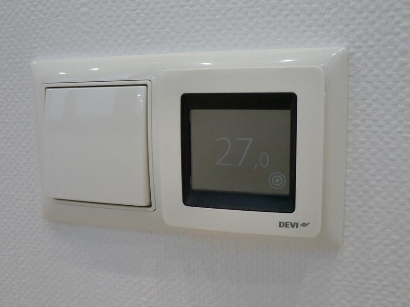 «DEVIreg Touch» регулирует нагрев полов
