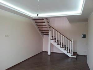 ламинат и двухуровневые потолки